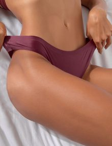 Thong Seamless Comfort Shiny Wine Red